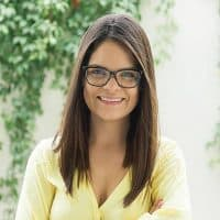 Especialista en oratoria. Colabora en la curaduría de TEDxPuraVidaED.